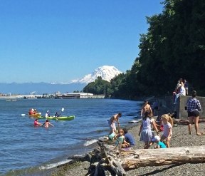Photo of kayakers at Owen Beach